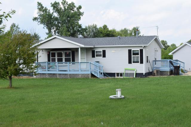 1068 Bidwell Road, Quincy, MI 49082 (MLS #18039115) :: Deb Stevenson Group - Greenridge Realty