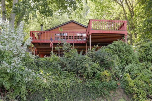 24460 Prairie Corners Road, Mendon, MI 49072 (MLS #18040655) :: Deb Stevenson Group - Greenridge Realty