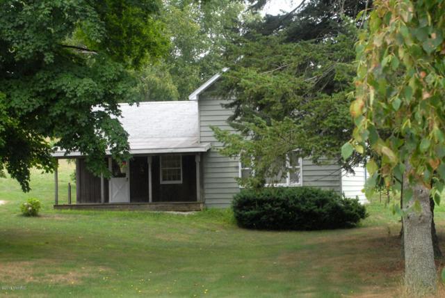 1640 S 36th Avenue, Shelby, MI 49455 (MLS #18040976) :: Carlson Realtors & Development