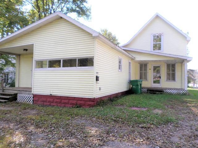 303 S Rowland Street, Cassopolis, MI 49031 (MLS #18043021) :: Deb Stevenson Group - Greenridge Realty