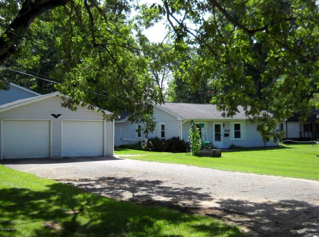 532 W Pettibone Drive, Bitely, MI 49309 (MLS #18044180) :: Deb Stevenson Group - Greenridge Realty