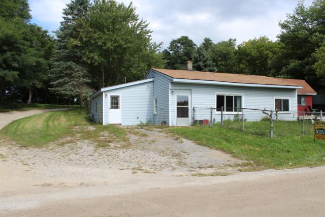 11013 Crooked Lake Drive NE, Rockford, MI 49341 (MLS #18045325) :: Carlson Realtors & Development
