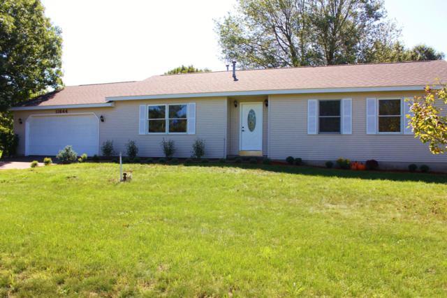 11644 Buchanan Street, Grand Haven, MI 49417 (MLS #18046108) :: Deb Stevenson Group - Greenridge Realty