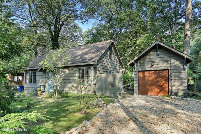 307 Groveland Trail, Michiana Shores, IN 46360 (MLS #18047074) :: Deb Stevenson Group - Greenridge Realty