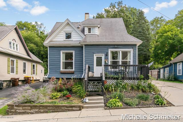8 Wager Place, Ionia, MI 48846 (MLS #18047102) :: JH Realty Partners