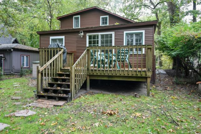 23 Powhatan Drive, Michiana Shores, IN 46360 (MLS #18049636) :: Deb Stevenson Group - Greenridge Realty