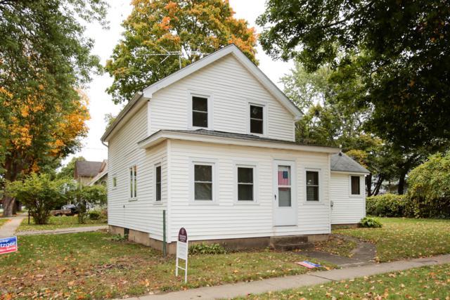 424 W Hanover Street, Marshall, MI 49068 (MLS #18050074) :: Deb Stevenson Group - Greenridge Realty
