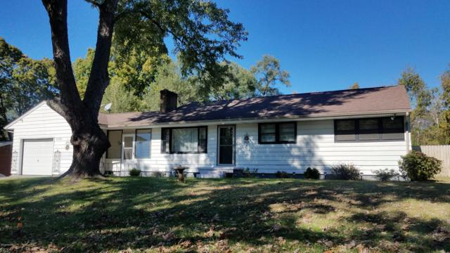 27880 Burmax Court, Dowagiac, MI 49047 (MLS #18050622) :: Deb Stevenson Group - Greenridge Realty