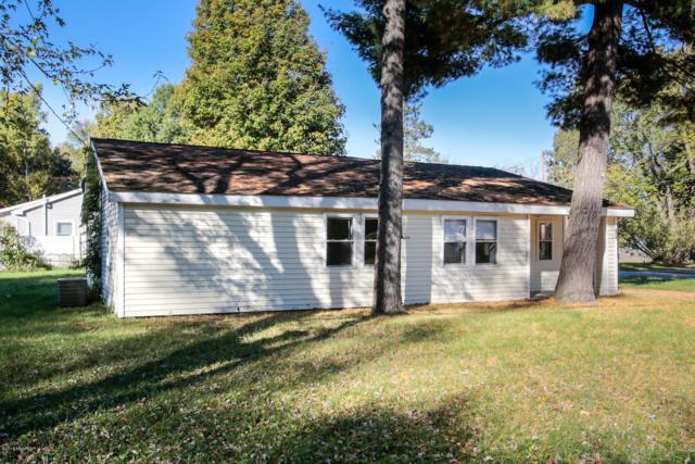 204 S Sherman Street, Otsego, MI 49078 (MLS #18050738) :: Matt Mulder Home Selling Team