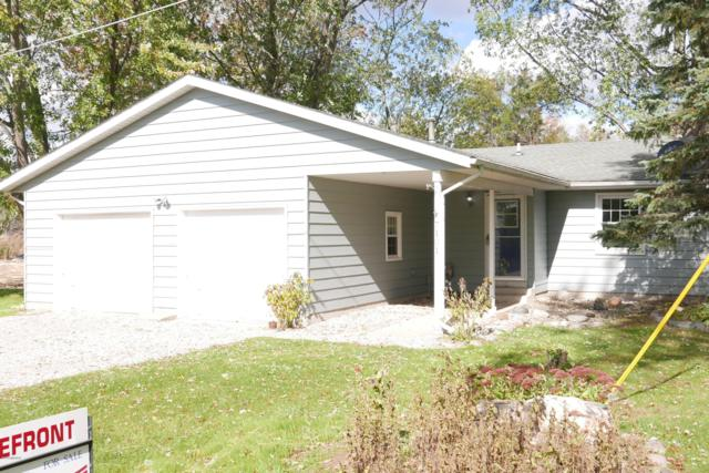7101 S Pickerel Lake Drive, Scotts, MI 49088 (MLS #18051708) :: Matt Mulder Home Selling Team