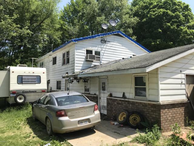 1333 112th Avenue, Otsego, MI 49078 (MLS #18051734) :: Matt Mulder Home Selling Team