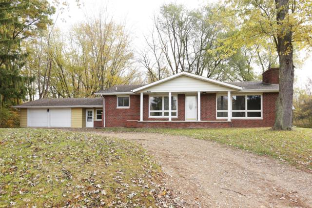 13657 Cleveland Avenue, Buchanan, MI 49107 (MLS #18052167) :: Deb Stevenson Group - Greenridge Realty