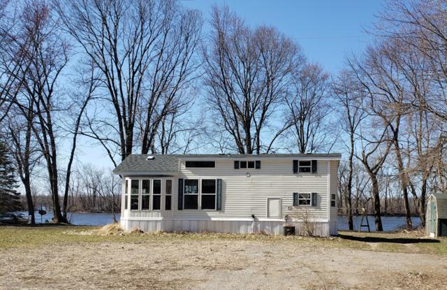 9070 Lake Forest Drive, Coopersville, MI 49404 (MLS #18054792) :: CENTURY 21 C. Howard