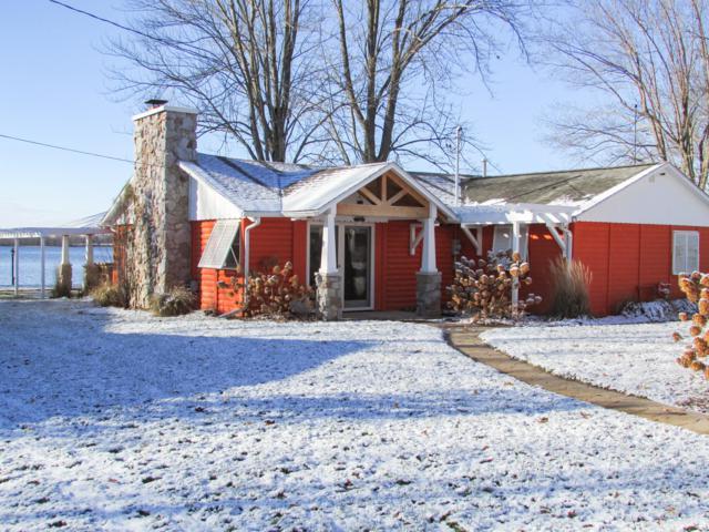 696 Waterview Drive, Coldwater, MI 49036 (MLS #18055948) :: Deb Stevenson Group - Greenridge Realty