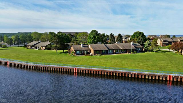 108 Harbor Drive, Ludington, MI 49431 (MLS #18057771) :: Deb Stevenson Group - Greenridge Realty