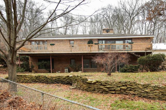 29 Pine Road, Plainwell, MI 49080 (MLS #18057893) :: Matt Mulder Home Selling Team