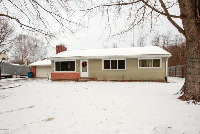 4642 W D Avenue, Kalamazoo, MI 49009 (MLS #19000942) :: Matt Mulder Home Selling Team