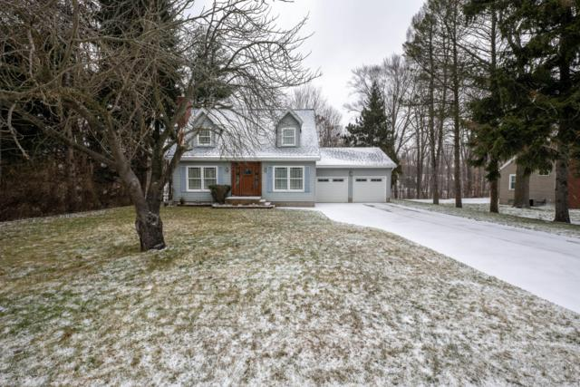 750 Hendrick Road, Norton Shores, MI 49441 (MLS #19001207) :: Matt Mulder Home Selling Team