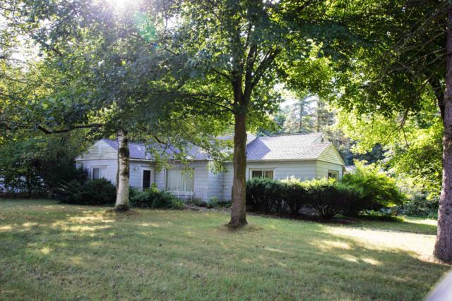 415 W Delaware Street, Decatur, MI 49045 (MLS #19001767) :: CENTURY 21 C. Howard