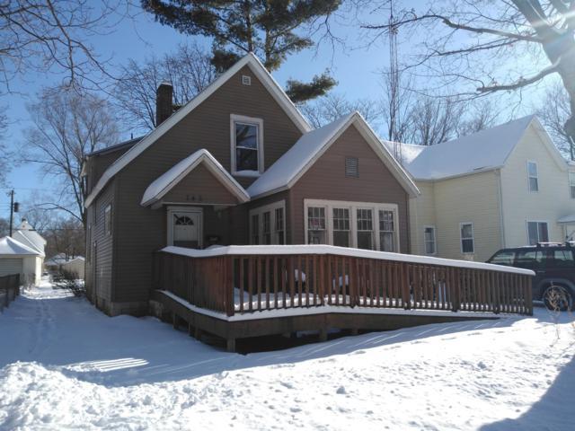 745 Pearl Street, Benton Harbor, MI 49022 (MLS #19002577) :: Deb Stevenson Group - Greenridge Realty