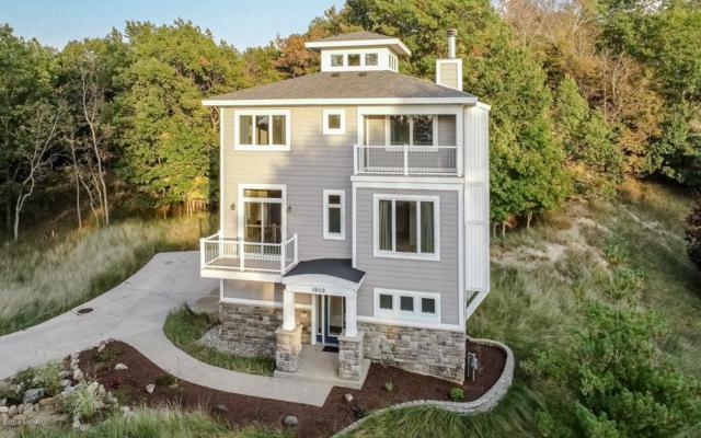 19110 Cambridge Drive, Spring Lake, MI 49456 (MLS #19003161) :: Matt Mulder Home Selling Team