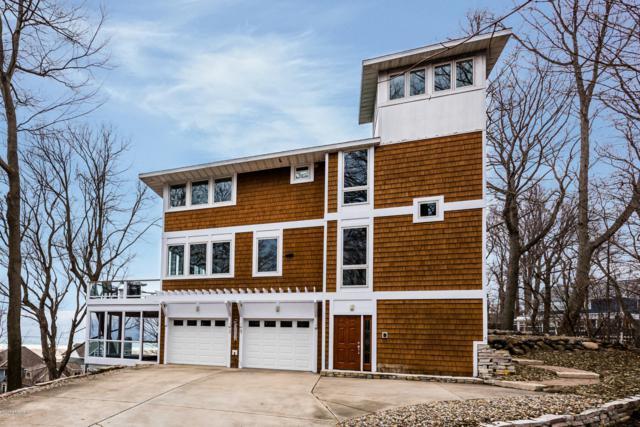 306 Higman Park Hill, Benton Harbor, MI 49022 (MLS #19004377) :: Deb Stevenson Group - Greenridge Realty