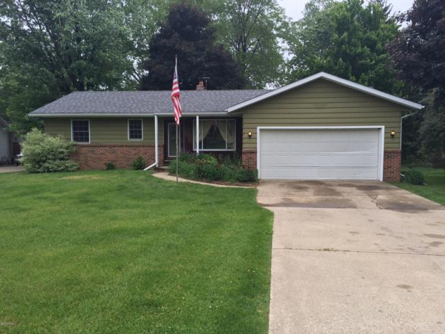 1566 Glenn-Dor Drive, Hillsdale, MI 49242 (MLS #19004646) :: Deb Stevenson Group - Greenridge Realty