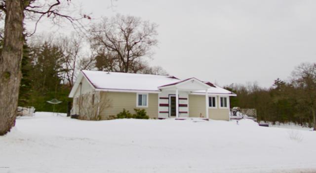 11333 Nichols Road, Holton, MI 49425 (MLS #19005508) :: Deb Stevenson Group - Greenridge Realty