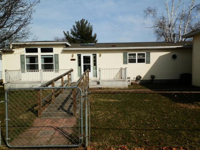 4335 W Joy Road, Shelbyville, MI 49344 (MLS #19005634) :: Matt Mulder Home Selling Team