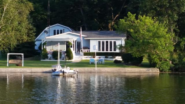 530 Fallen Oaks Drive, Coldwater, MI 49036 (MLS #19006001) :: Deb Stevenson Group - Greenridge Realty
