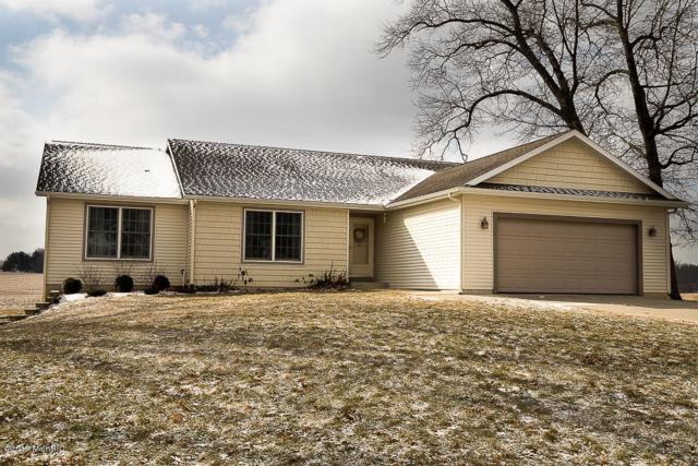 21501 Fieldview, Edwardsburg, MI 49112 (MLS #19006480) :: Deb Stevenson Group - Greenridge Realty