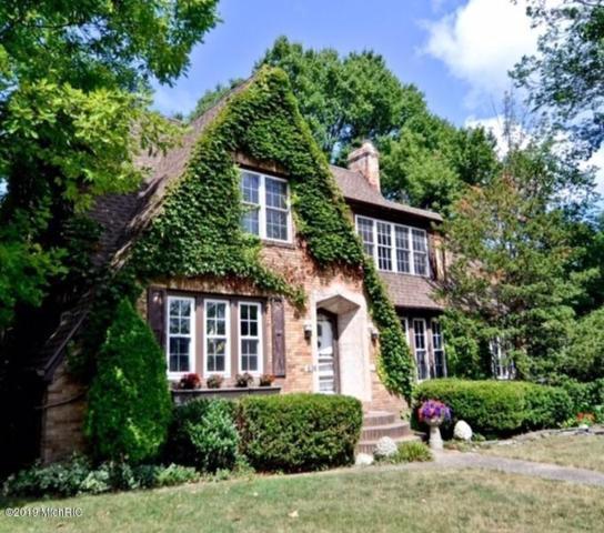 616 S Elm Street, Three Oaks, MI 49128 (MLS #19008317) :: Deb Stevenson Group - Greenridge Realty