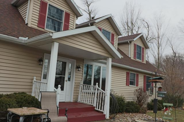 58330 Smith Lake Drive, Dowagiac, MI 49047 (MLS #19009297) :: Deb Stevenson Group - Greenridge Realty