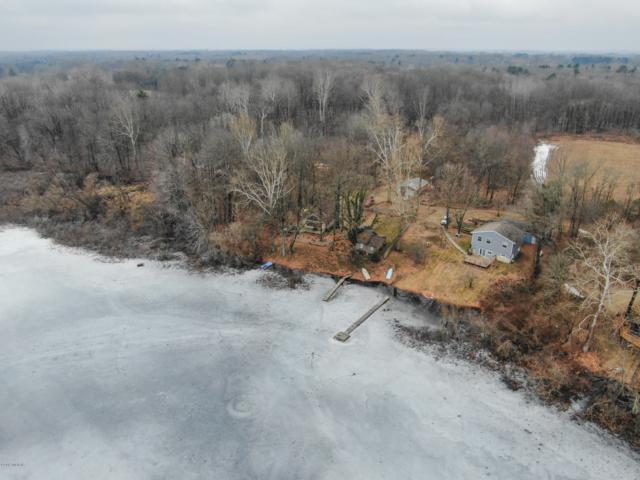 25731 W Lake Drive, Gobles, MI 49055 (MLS #19009576) :: Matt Mulder Home Selling Team