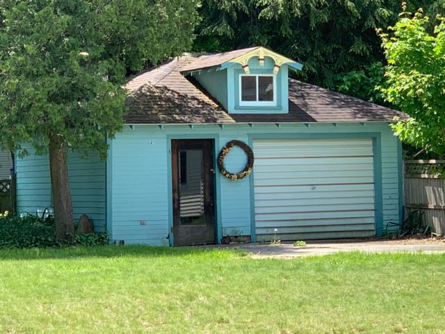 201 S Higbee Street, Reed City, MI 49677 (MLS #19009653) :: Deb Stevenson Group - Greenridge Realty