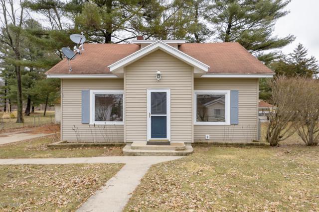 1496 Midland Dr., Hickory Corners, MI 49060 (MLS #19009851) :: JH Realty Partners