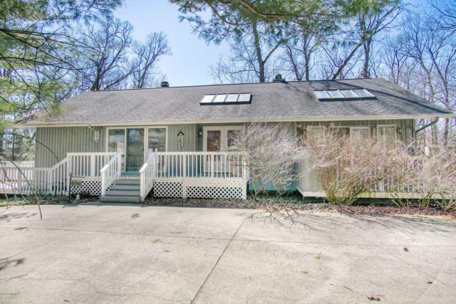 50251 Golfview Avenue, New Buffalo, MI 49117 (MLS #19010677) :: Deb Stevenson Group - Greenridge Realty