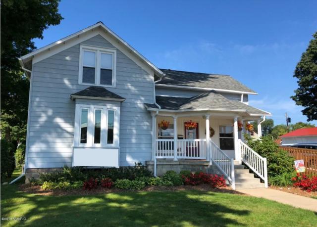 408 Division Street, Bangor, MI 49013 (MLS #19012209) :: Deb Stevenson Group - Greenridge Realty