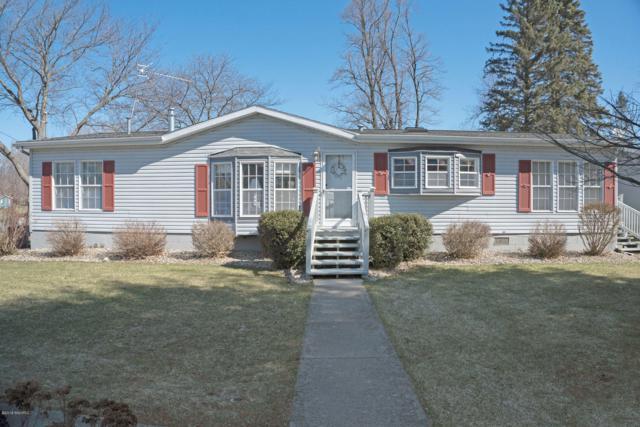 46564 Lakeview Drive, Decatur, MI 49045 (MLS #19012893) :: Deb Stevenson Group - Greenridge Realty