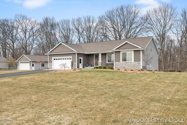 2823 Cottontail Run, Dorr, MI 49323 (MLS #19013794) :: Deb Stevenson Group - Greenridge Realty