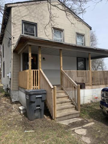 137 E Frank Street, Kalamazoo, MI 49007 (MLS #19014859) :: CENTURY 21 C. Howard