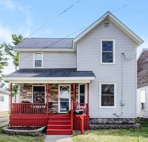 516 W Grand Street, Hastings, MI 49058 (MLS #19015167) :: Matt Mulder Home Selling Team