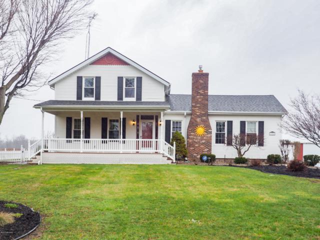 17801 17 Mile Road, Marshall, MI 49068 (MLS #19015428) :: Matt Mulder Home Selling Team