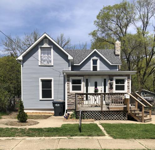 343 E Morrell Street, Otsego, MI 49078 (MLS #19017277) :: Matt Mulder Home Selling Team