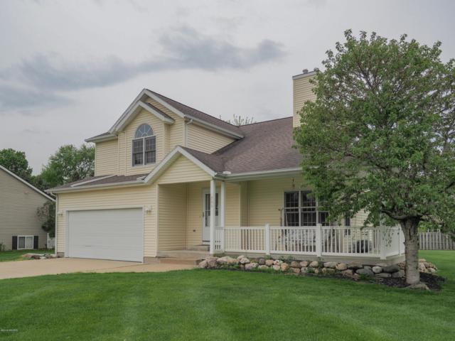 700 Barton, Otsego, MI 49078 (MLS #19019292) :: Matt Mulder Home Selling Team