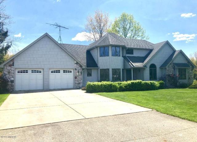 6700 Hayward Drive, Vicksburg, MI 49097 (MLS #19019469) :: Matt Mulder Home Selling Team