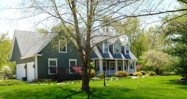 8161 Stevensville Baroda Road, Baroda, MI 49101 (MLS #19019981) :: Deb Stevenson Group - Greenridge Realty