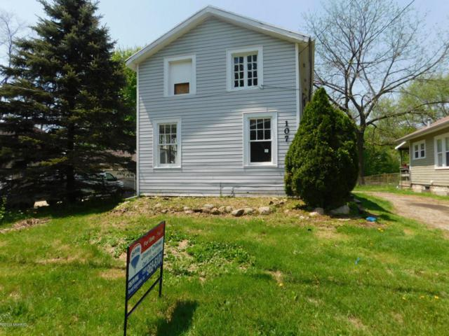 107 N Main Street, Ceresco, MI 49033 (MLS #19021553) :: Matt Mulder Home Selling Team