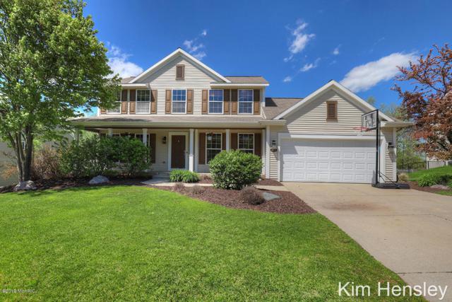 2881 N Saddle Ridge Court NE, Rockford, MI 49341 (MLS #19022218) :: Matt Mulder Home Selling Team