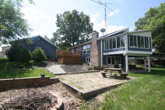 92974 Lakeshore Drive, Lawton, MI 49065 (MLS #19027237) :: Matt Mulder Home Selling Team